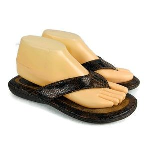 BOC Brown Leather Thong Sandals Size 8 GUC